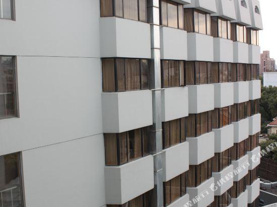 上海南鷹飯店外觀