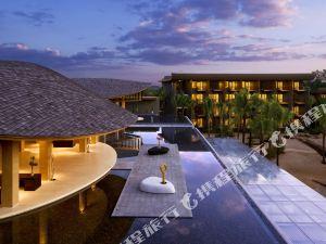 普吉島萬麗度假酒店及水療中心萬豪國際集團旗下酒店(Renaissance Phuket Resort & Spa A Marriott Luxury & Lifestyle Hotel)