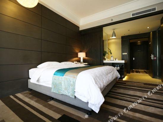 昆明荷泰花園酒店(Herton Garden Hotel)高級大床房