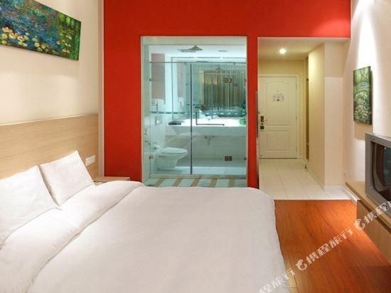 上海陸家嘴聯洋和頤酒店高級大床房