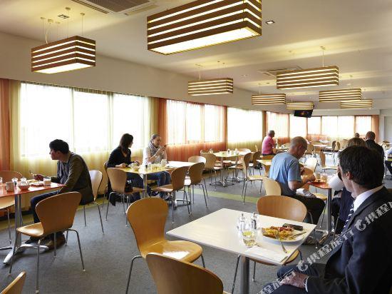霍巴特旅行者酒店(Travelodge Hotel Hobart)餐廳