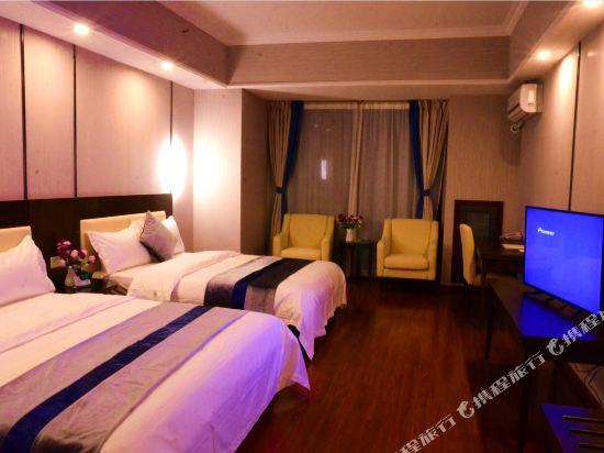 星倫萬達廣場主題公寓(廣州長隆店)現代主題式雙床房