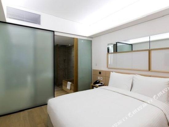 首爾明洞喜普樂吉酒店(Sotetsu Hotels The SPLAISIR Seoul Myeongdong)豪華扁柏房