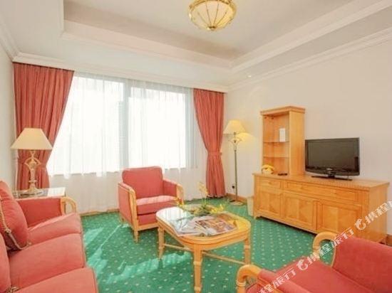 香港華大盛品酒店(BEST WESTERN PLUS Hotel Hong Kong)高級套房