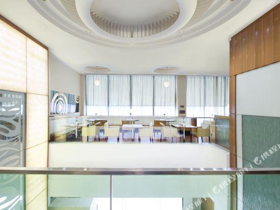 香港西九龍絲麗酒店(Silka West Kowloon Hotel)咖啡廳