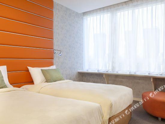 香港麗悅酒店(Cosmo Hotel)標準客房