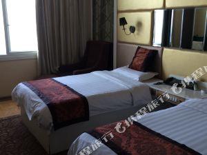 米脂索西亞大酒店