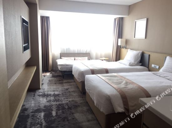 上海徐匯云睿酒店(原云睿酒店(上海徐家匯八萬人體育場店))樂舒家庭房