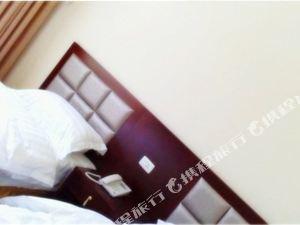 舞鋼燈台架假日酒店
