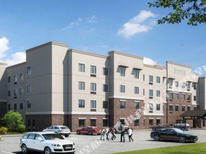 聖路易斯 - 西港宿之橋套房假日酒店(Staybridge Suites St. Louis-Westport)
