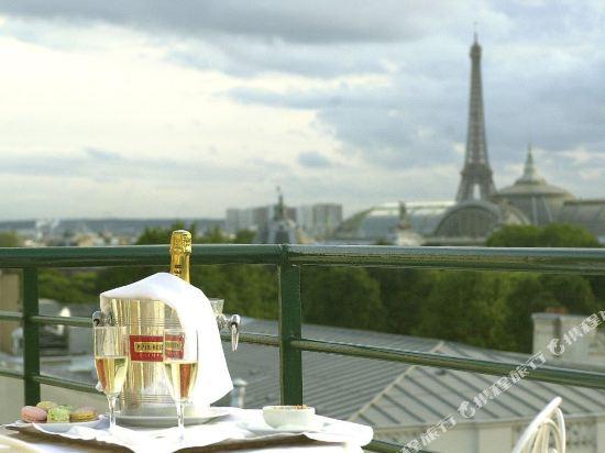 巴黎卡斯蒂尼奧那酒店(Hotel de Castiglione Paris)豪華四人房