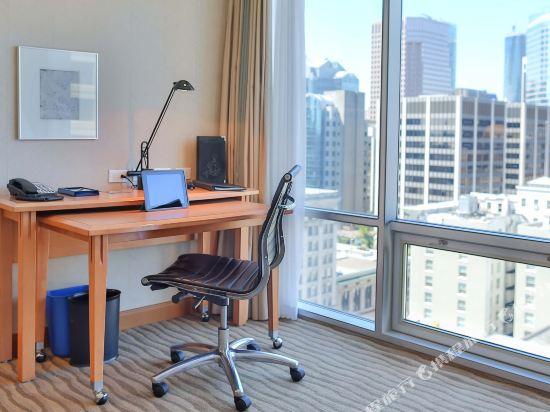 温哥華市中心萬豪德爾塔酒店(Delta Hotels by Marriott Vancouver Downtown Suites)俱樂部套房