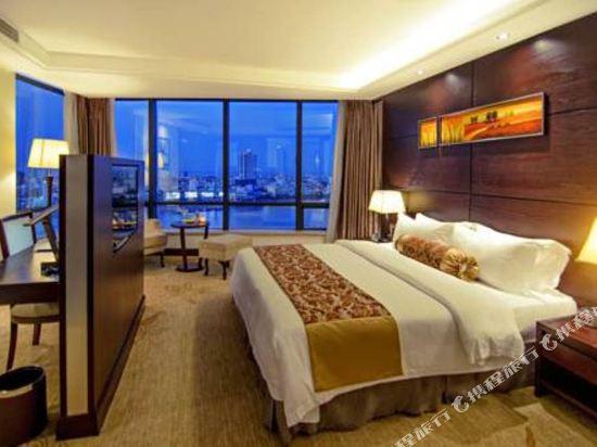 輝煌酒店(Brilliant Hotel)至尊江景套房