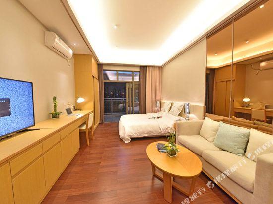伊蓮·薩維爾國際酒店公寓(廣州珠江新城店)園景豪華大床房