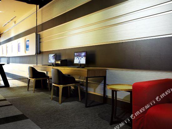 頭等艙飯店(台中綠園道館)(Airline Inn Taichung Green Park Way)內景/公共區域