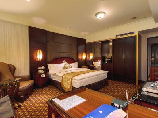 台北首都唯客樂飯店(CAPITAL  WAIKOLOA HOTEL)豪華套房雙人房