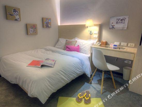 台北二十輪旅店-西門館(Swiio Hotel)標準客房雙人房(無窗)