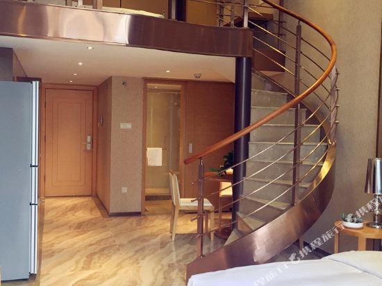 伊蓮·薩維爾國際酒店公寓(廣州珠江新城店)復式園景LOFT雙床房