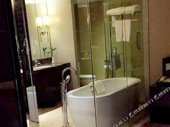 浙江大酒店(Zhejiang Grand Hotel)行政街景客房(大床)