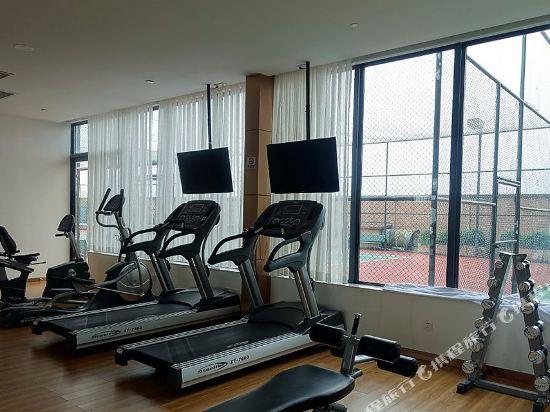 佛山南海華美達酒店(Nanhai Ramada Hotel)健身房