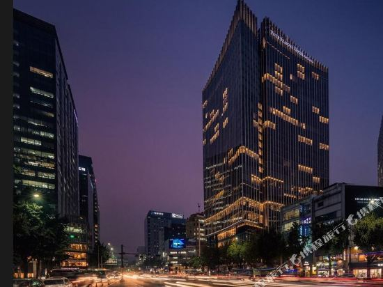 首爾四季酒店(Four Seasons Hotel Seoul)