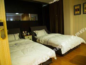 臨滄柏寧主題酒店