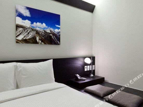 首爾明洞喜普樂吉酒店(Sotetsu Hotels The SPLAISIR Seoul Myeongdong)高級拉泰赫房