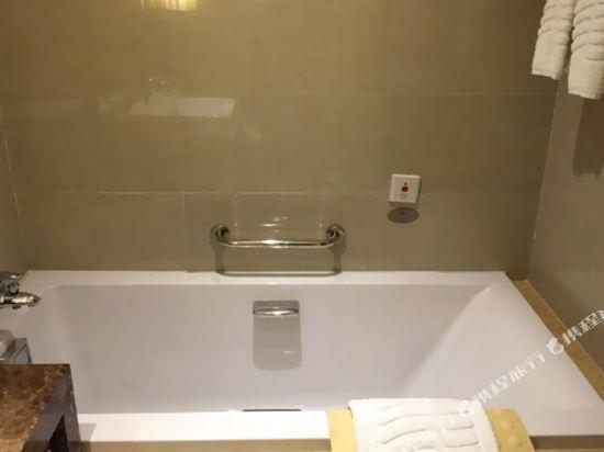 浙江大酒店(Zhejiang Grand Hotel)無煙豪華客房(大床)