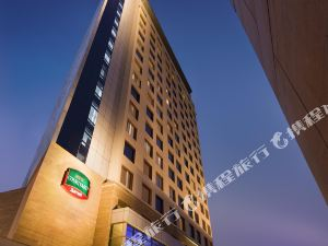 古爾岡萬怡酒店(Courtyard by Marriott Gurugram Downtown)