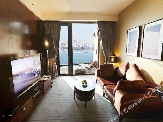 香港港島海逸君綽酒店(Harbour Grand Hong Kong)行政露台海景套房