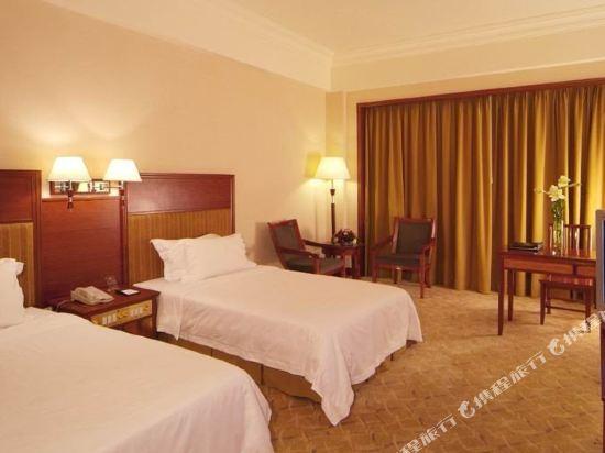東莞石龍名冠金凱悅酒店(Gladden Hotel (Shilong Town))高級客房