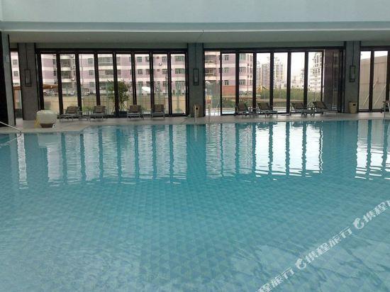 東莞虎門美思威爾頓酒店(Mels Weldon Dongguan Humen)室內游泳池