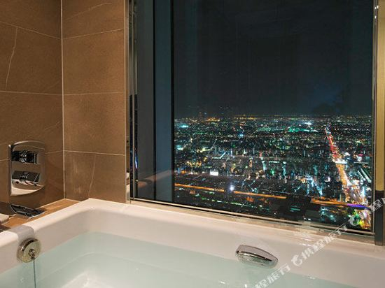 大阪萬豪都酒店(Osaka Marriott Miyako Hotel)城景一臥室精致套房