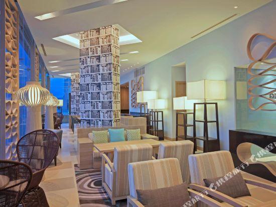 芭堤雅假日酒店(Holiday Inn Pattaya)行政俱樂部房