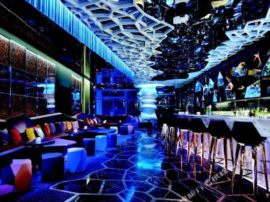香港麗思卡爾頓酒店(The Ritz-Carlton Hong Kong)酒吧
