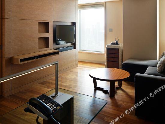 大阪洲際酒店(InterContinental Osaka)轉角一臥室高級套房