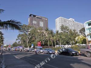 芭堤雅萬康達公寓酒店(Wow Condotel Pattaya)