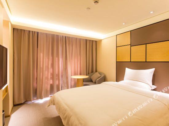 全季酒店(上海虹橋中山西路店)高級大床房