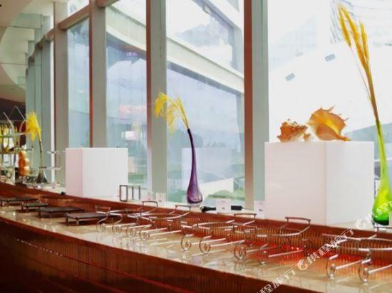 昆明花之城豪生國際大酒店(蘭花苑)(Howard Johnson Flower City Hotel Kunming (Lanhua Yuan))咖啡廳