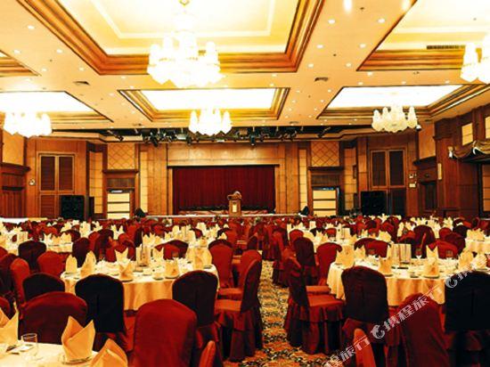 東莞石龍名冠金凱悅酒店(Gladden Hotel (Shilong Town))多功能廳
