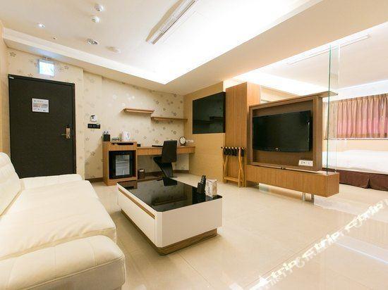 高雄宮賞藝術大飯店(KUNG SHANG DESIGN HOTEL)宮賞商務套房