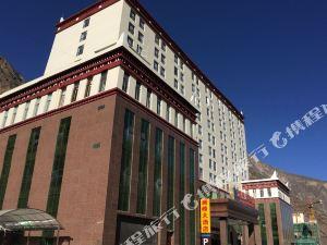 丹巴瀾峰大酒店