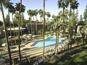 鳳凰城希爾頓逸林坦佩酒店(DoubleTree by Hilton Phoenix- Tempe)