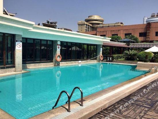 中山國際酒店(Zhongshan International Hotel)室外游泳池