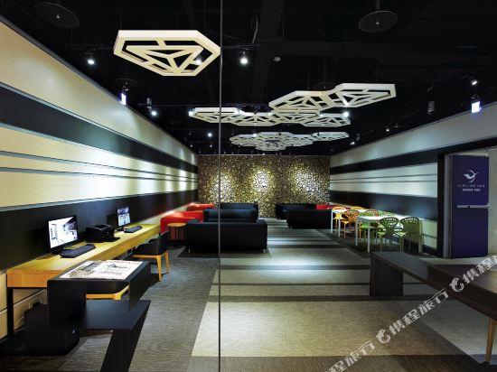 頭等艙飯店(台中綠園道館)(Airline Inn Taichung Green Park Way)內景_公共區域