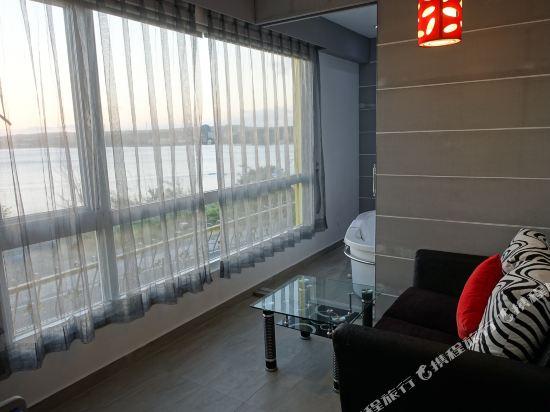 墾丁南灣度假飯店(Kenting Nanwan Resorts)戀戀海景家庭房