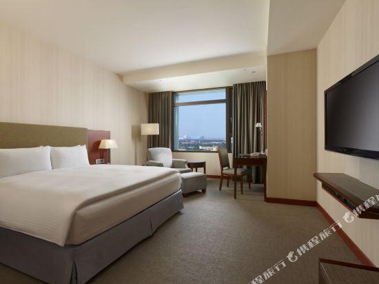 台中港酒店(Taichung Harbor Hotel)雅緻大床房