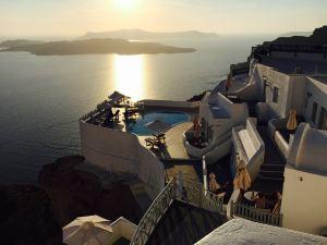 聖托里尼島百合別墅酒店(Lilium Santorini Villa)