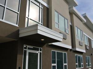 基洛納客棧和套房(Kelowna Inn & Suites)