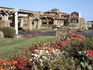 貝斯特韋斯特卡瓦利爾海濱度假酒店(Cavalier Oceanfront Resort)